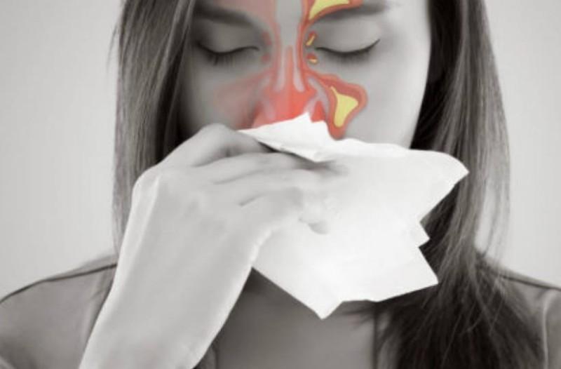 Χρόνια ιγμορίτιδα: Αίτια, συμπτώματα και τρόποι αντιμετώπισης (video)