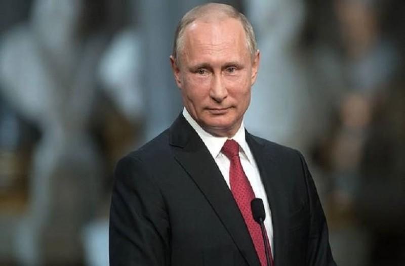Έτσι φτιάχτηκε η λιμουζίνα του Πούτιν! - Από το χαρτί... στον δρόμο! (Video)
