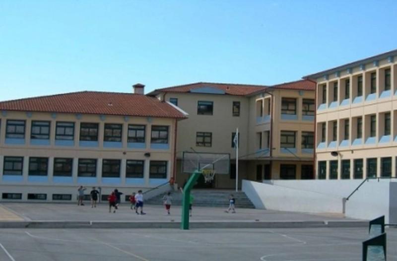 Άγριο ξύλο σε σχολείο της Πάτρας: Μαθητής