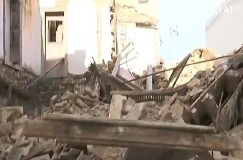 Κατέρρευσε σπίτι στο κέντρο της Αθήνας!