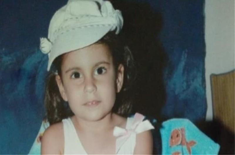 Με μία συγκλονιστική μαντινάδα αποχαιρετά την 6χρονη εγγονή του που πέθανε από γρίπη ο παππούς της!
