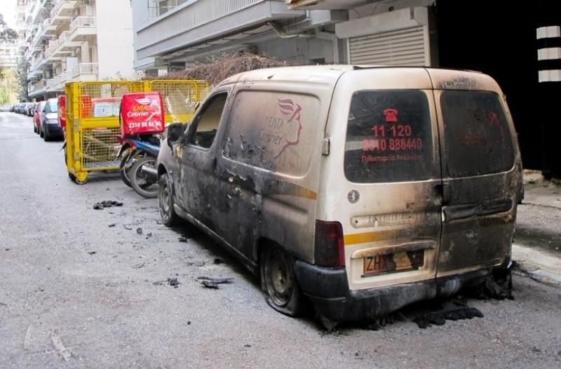 Γαλάτσι και Καισαριανή: Mπαράζ επιθέσεων με γκαζάκια!