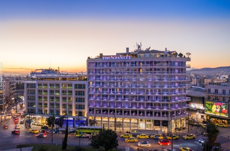 Στιγμές ρομαντικές στο The Stanley Hotel Athens την βραδιά του Αγίου Βαλεντίνου