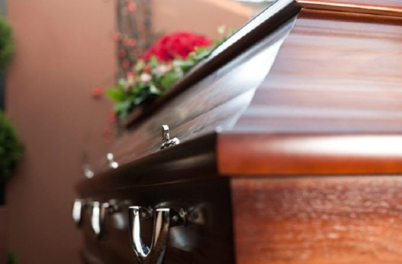 Απίστευτο κι όμως αληθινό: Νεκρόφιλος αφού έκανε διάρρηξη σε γραφείο τελετών, έκανε σeξ με πτώμα!