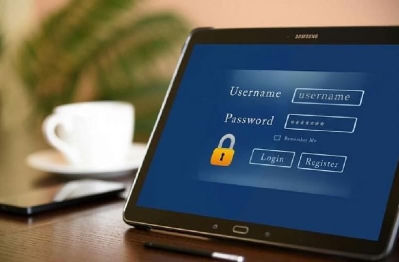 ασφαλείς κανόνες γνωριμιών στο διαδίκτυο