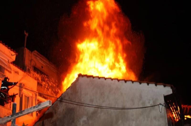 Φρίκη στη Νέα Μηχανιώνα: Κάηκαν ζωντανά δεκάδες ζώα μέσα σε σπίτι!