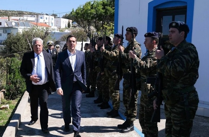 Αυστηρό διάβημα στον Τούρκο πρεσβευτή για την παρενόχληση του ελικοπτέρου Τσίπρα!