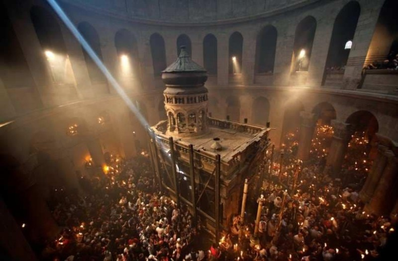 Πατριαρχείο Ιεροσαλύμων: Παρέμβαση για το Άγιο Φως! - Διαψεύδει τους ισχυρισμούς για τον αναπτήρα!