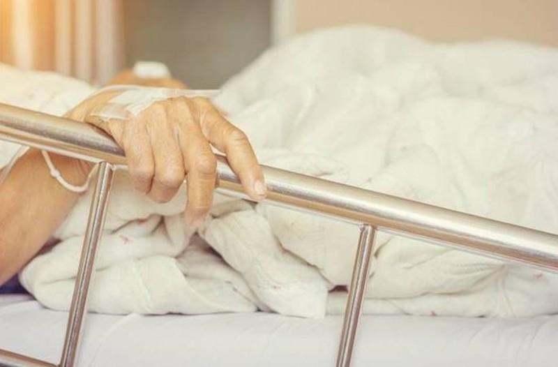 Πεθαίνει μια γυναίκα και λέει του άνδρας της...: Το ανέκδοτο της ημέρας (14/03)!