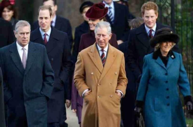 Πρίγκιπας Κάρολος: Οι κακές σχέσεις που έχει με τα αδέρφια του - Οι ζήλιες και οι κόντρες!
