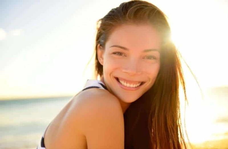 Ποιοι είναι οι τρόποι που θα σε κάνουν να δείχνεις πιο όμορφη;