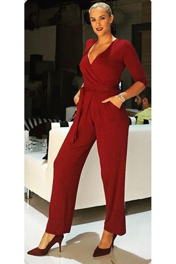 ce735e85bf3a Ολόσωμη φόρμα  Οι πιο στιλάτοι τρόποι για να τη φορέσετε φέτος την ...