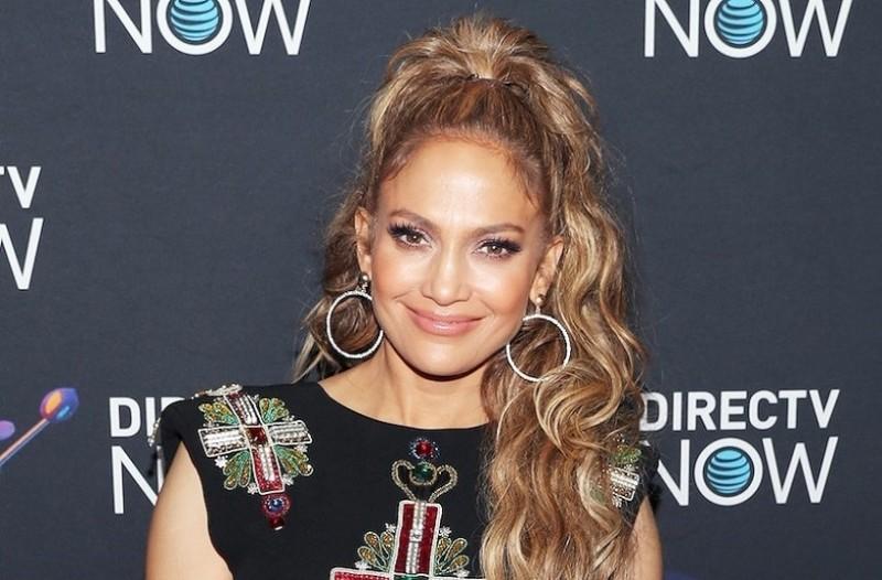 Jennifer Lopez: Η τραγουδίστρια σου δείχνει το τέλειο χτένισμα για το γυμναστήριο!