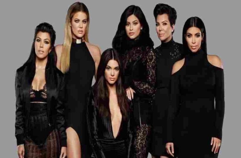 Αυτή από τις αδερφές Καρντάσιαν είναι η πιο νέα δυσεκατομμυριούχος στον κόσμο!