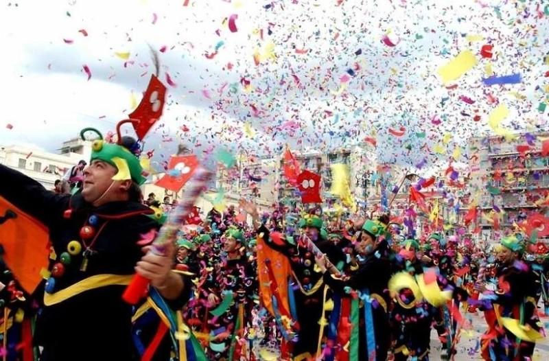 Το ρεκόρ Γκίνες για τον μεγαλύτερο καρναβαλικό χορό θα διεκδικήσει η Πάτρα!
