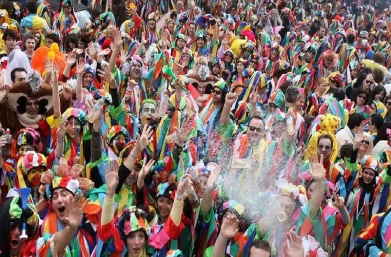 Ένα τριήμερο διασκέδασης, χορού και γλεντιού! - Γιορτάζουμε με το καρναβάλι της Ξάνθης!