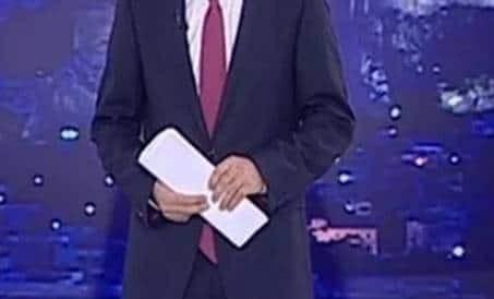 Σοβαρό τροχαίο για τον πασίγνωστο Έλληνα παρουσιαστή ειδήσεων: Παρασύρθηκε με την μηχανή του!