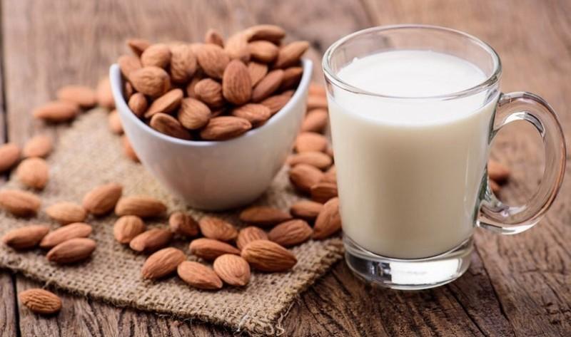 Γάλα αμυγδάλου οφέλη