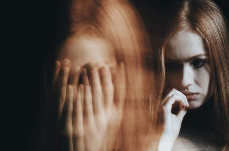 Πως να καταλάβετε αν πάσχετε από διπολική διαταραχή και πώς να τη  διαχειριστείτε!