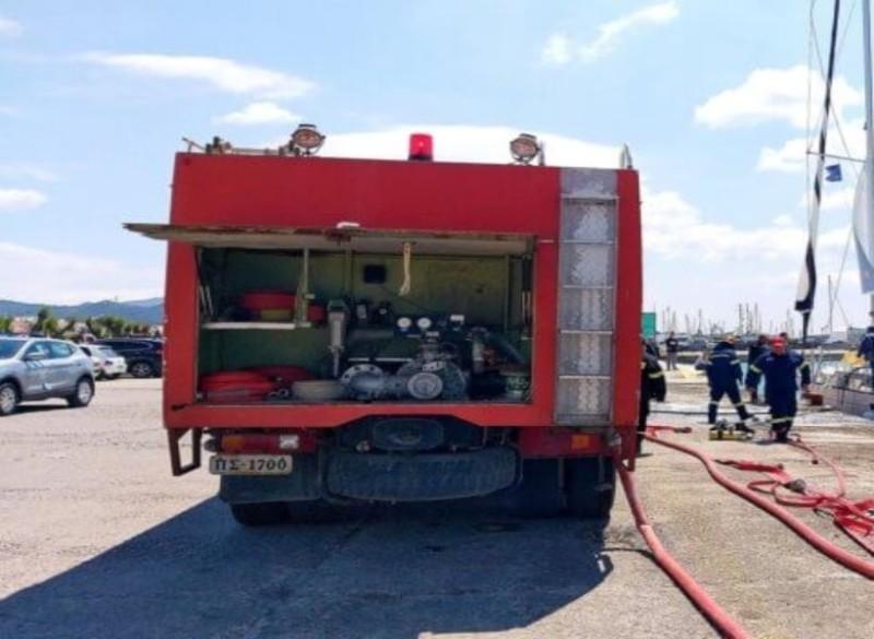 Αίγινα: Μεγάλη πυρκαγιά σε σκάφος!