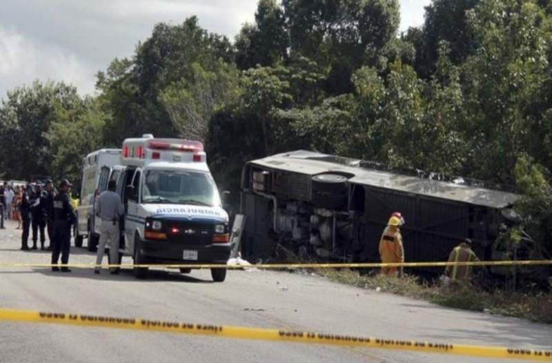 Τραγωδία στο Μεξικό! 11 νεκροί από  δυστύχημα με λεωφορείο!