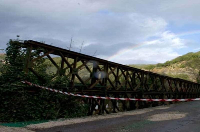 Σοκ στον Βόλο: 13χρονη πήδηξε από γέφυρα!