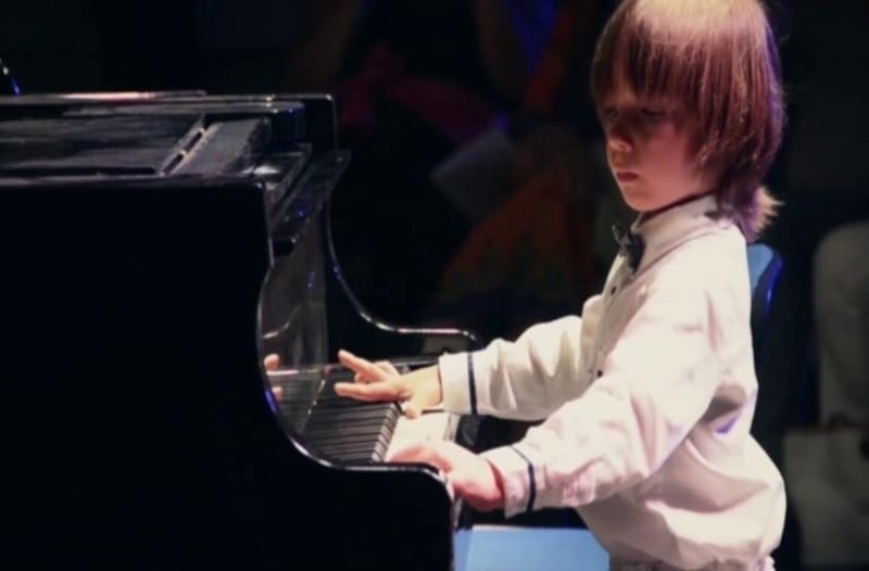 Royal Albert Hall: Ο 6χρονος Έλληνας πιανίστας που καθήλωσε το κοινό!