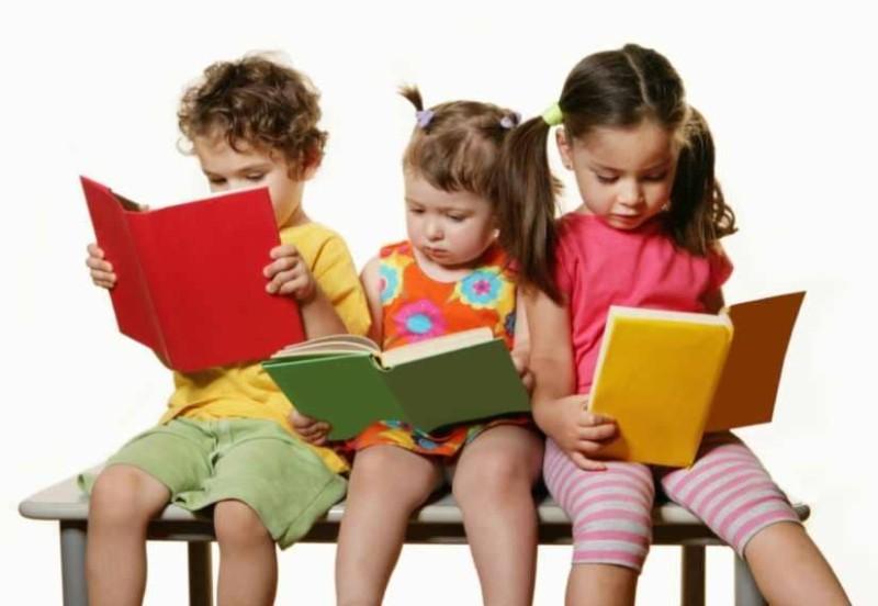 Παιδικά βιβλία: Πόσο σημαντικό είναι να τα δωρίζουμε στα παιδιά;