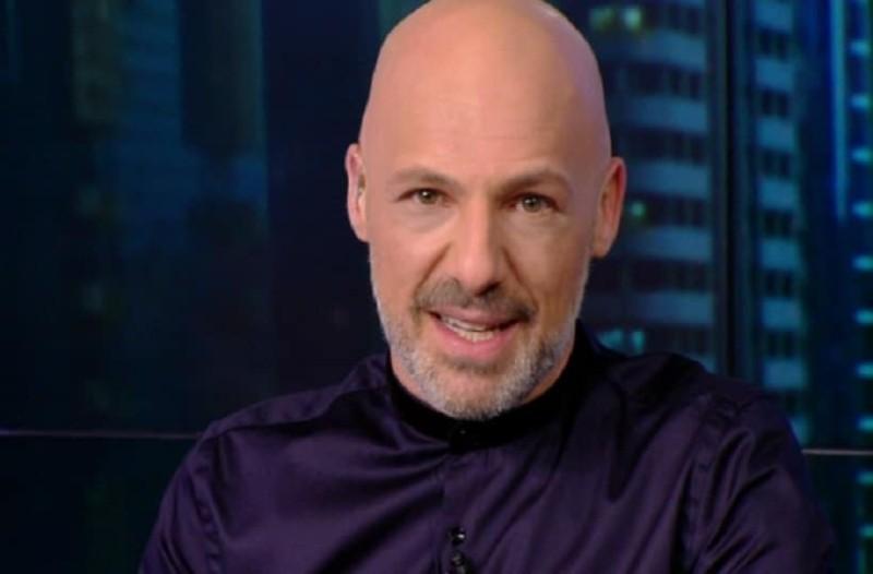 Νίκος Μουτσινάς: Δυσάρεστα νέα για τον παρουσιαστή και το Open! - Τι συνέβη;