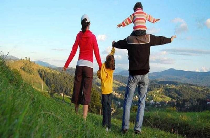 Οι διακοπές της τετραμελής οικογένειας...το ανέκδοτο της ημέρας (19/4)!