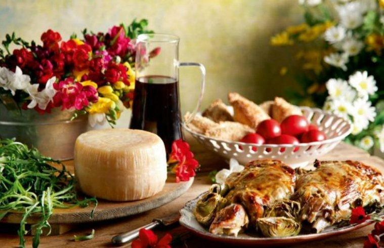 Φούσκωμα στο πασχαλινό τραπέζι; Δείτε πώς θα αποφύγετε!