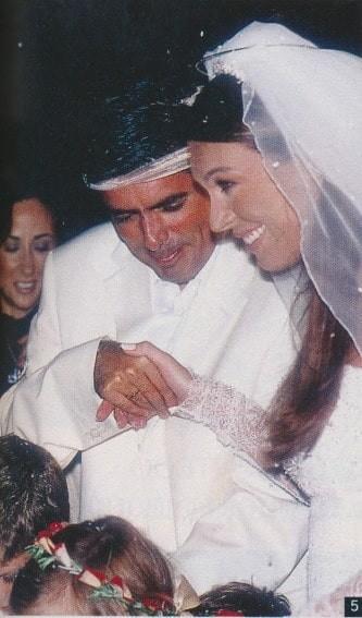Τατιάνα Στεφανίδου - Νίκος Ευαγγελάτος: Ένας γάμος πρωτοσέλιδο! Όλα όσα έγιναν 16 χρόνια πριν!