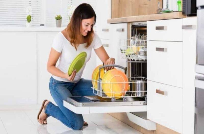 Μυρίζει άσχημα το πλυντήριο πιάτων; Δες πως θα εξοντώσεις την δυσοσμία!