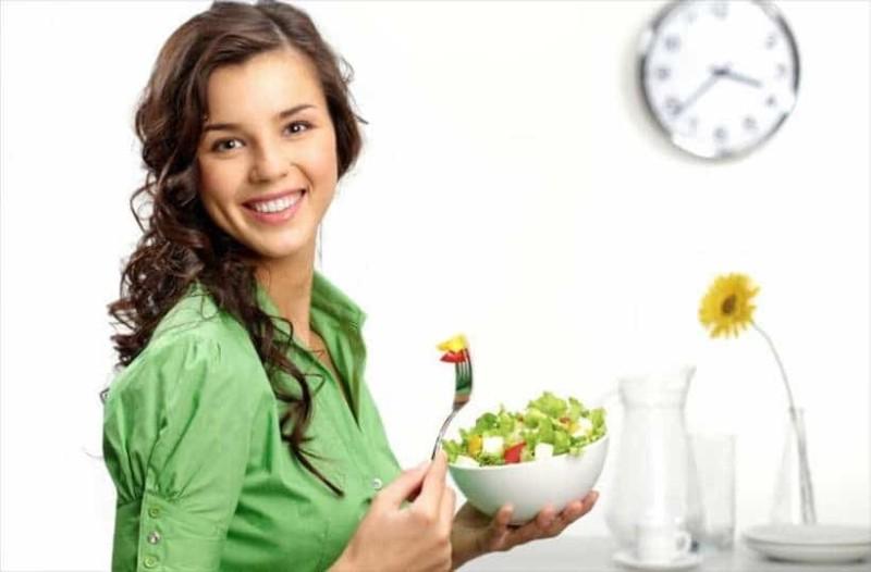 Αυτές είναι οι τροφές που θα σας βοηθήσουν να μείνετε πάντα νέοι!