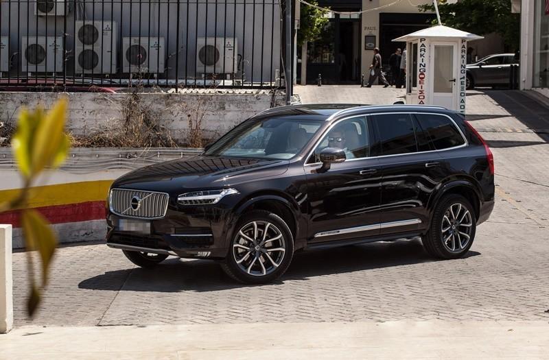 Ο Νίκος Χατζηνικολάου αγόρασε καινούργιο αυτοκίνητο που... σοκάρει!