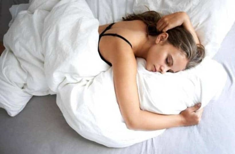 Τελικά πόσες ώρες ύπνου χρειαζόμαστε πραγματικά;