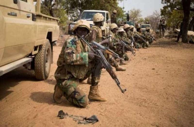 Τραγωδία: 17 στρατιώτες νεκροί από ενέδρα ενόπλων στο Νίγηρα!
