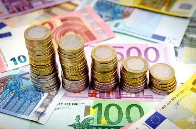 Σας αφορά: Δείτε πότε θα γίνει η πληρωμή του κοινωνικού εισοδήματος αλληλεγγύης!