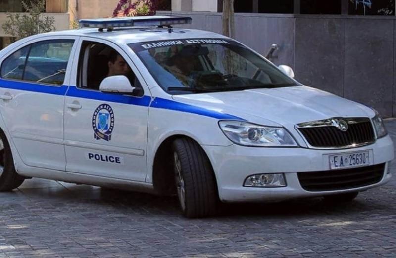 Πάτρα: Συνελήφθη η μητέρα που είχε αφήσει τα παιδιά της μόνα τους!