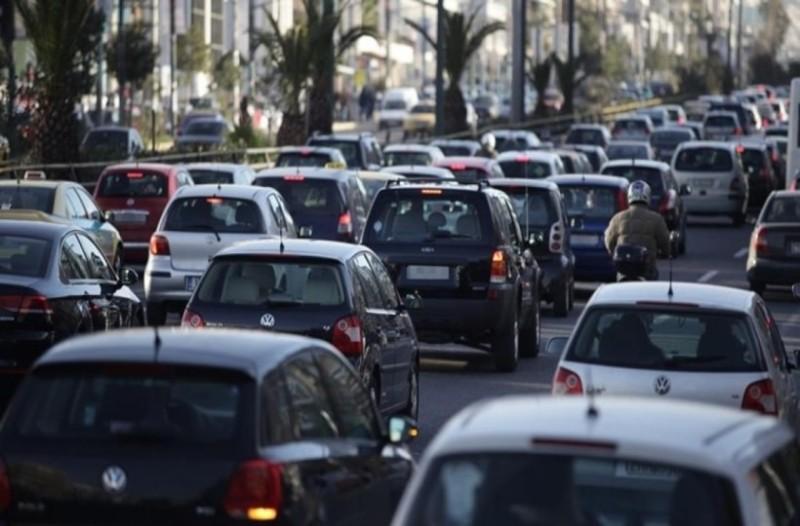 Kίνηση στους δρόμους: Mετ'εμποδίων η μετακίνηση στο Λεκανοπέδιο Αττικής!