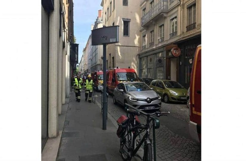 Έκρηξη στη Λιόν! Υπάρχουν τραυματίες!