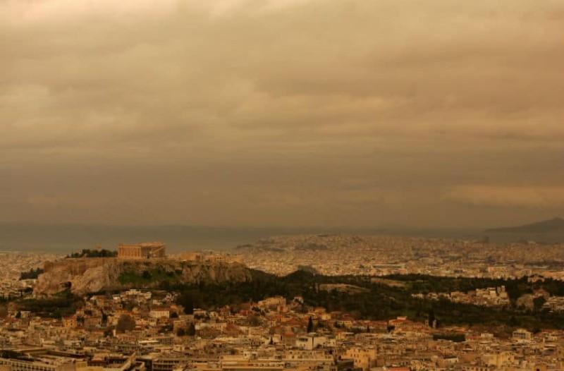Καιρός: Αρκετή σκόνη σήμερα! Σε ποιες περιοχές θα φτάσει στους 30 η θερμοκρασία;