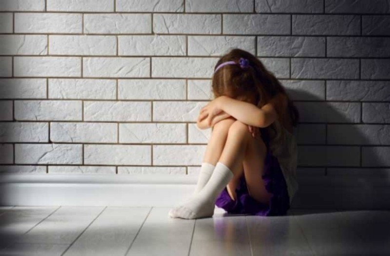 Σοκ: Πα-''τερας'' βίαζε για χρόνια την ανήλικη κορούλα του!