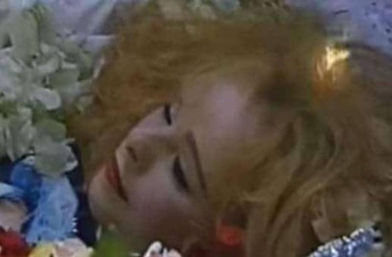 Φρίκη για την Αλίκη Βουγιουκλάκη: Το ματωμένο μυστικό που πήρε για πάντα στον τάφο της! Πήγαν να την...