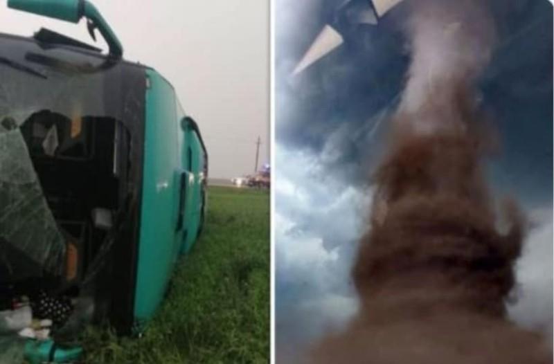 χτύπημα λεωφορείο σεξ βίντεο Έφηβος έγλειψε το μουνί