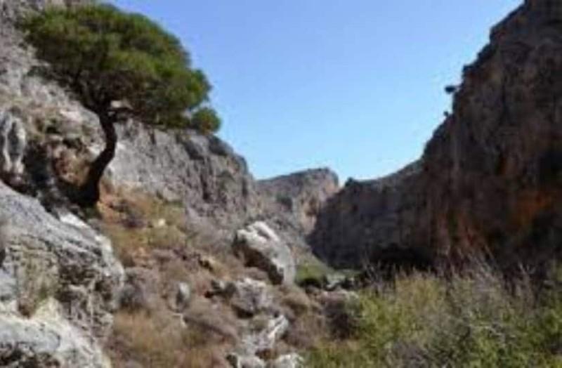 Κρήτη: Εγκλωβισμένη ξένη τουρίστρια σε φαράγγι!