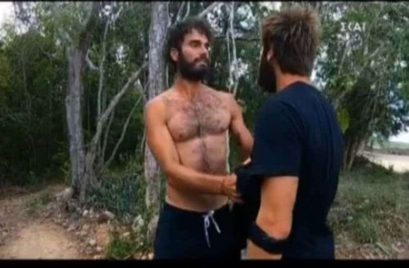 Survivor Ελλάδα Τουρκία: Απίστευτος καυγάς μεταξύ Ατακάν και Γιουσούφ! Τον έπιασε από το λαιμό! (Video)
