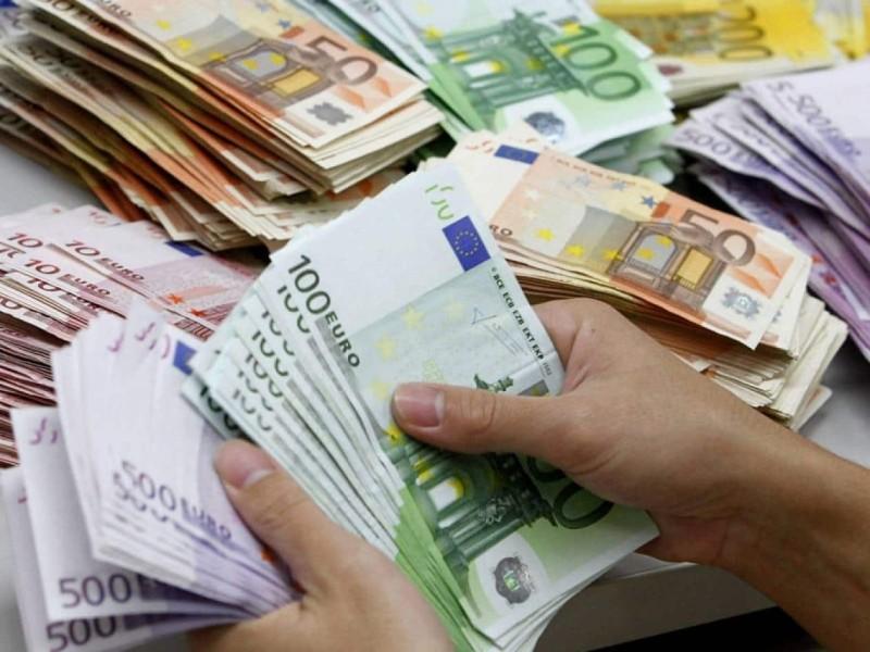 Τεράστια ανάσα: Επίδομα 200 ευρώ ξαφνικά στους λογαριασμούς σας!