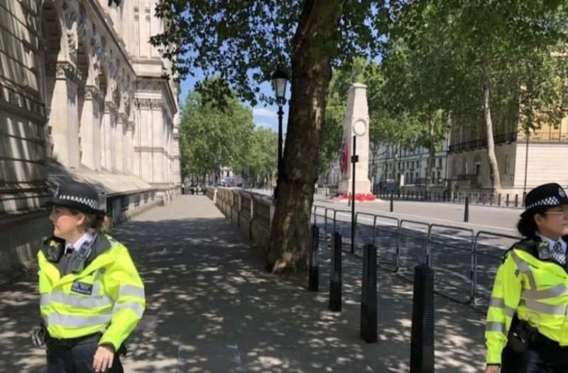 Συναγερμός στο Λονδίνο: Έκλεισαν οι δρόμοι λόγω ύποπτου πακέτου!