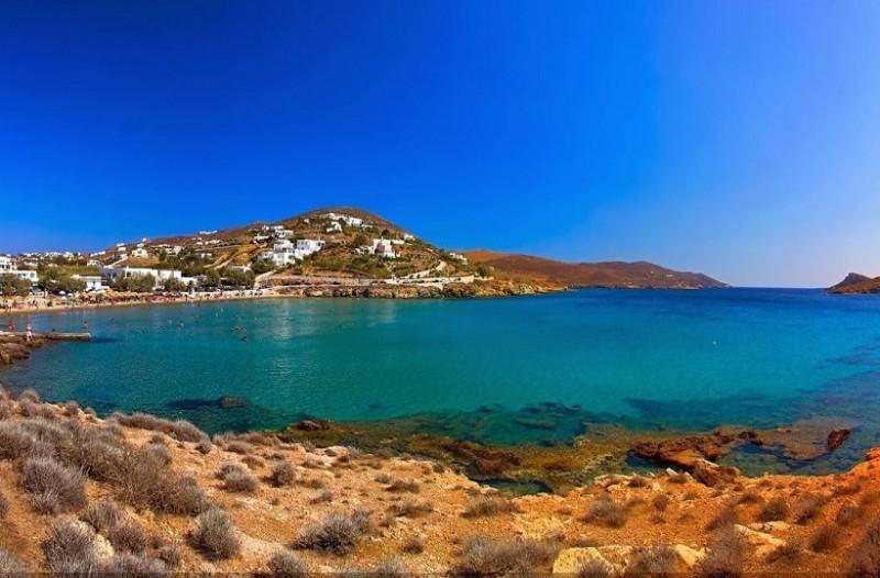 Διακοπές στη Σύρο: 12 υπέροχες παραλίες που χάνεσαι στο απέραντο γαλάζιο και στα κρυστάλλινα νερά τους!